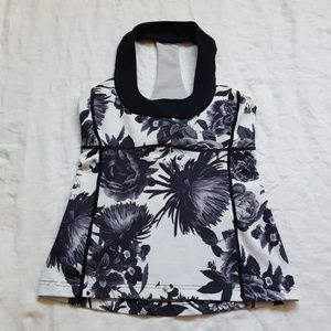 Lululemon Scoop Tank Floral Black & White Size 8
